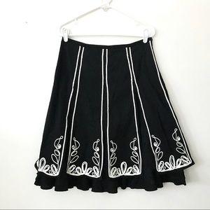 Boston Proper Black & White Embroidered Skirt Sz 2